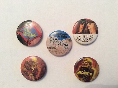 2 The Mission 2 Megadeth 1 Deep purple  25mm pin badges (154)