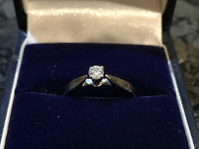 Sparkling 9ct White Gold Solitaire Diamond Engagement Ring Valentines Day