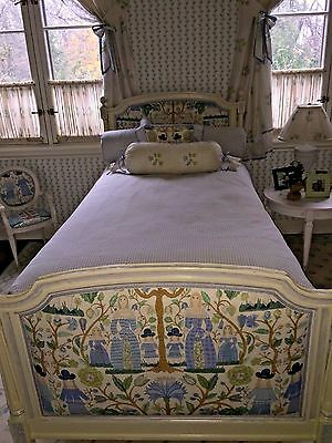 Louis XVI style Twin bed with custom Upholstered Excellent Condition