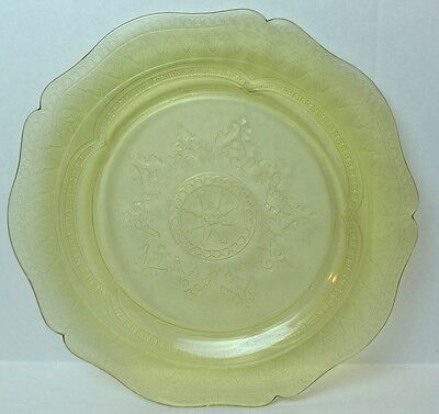 Patrician Plate Yellow Spokes Pattern Dinner  Federal Glass 11""