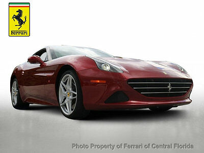 2016 Ferrari California 2dr Convertible BEAUTIFUL LAUNCH COPLOR - ROSSO CALIFORNIA - HIGH MSRP WITH MANY OPTIONS