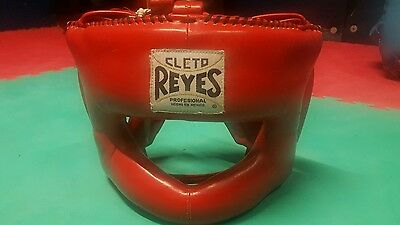 cleto reyes headguard red. Great condition, no reserve bargain.