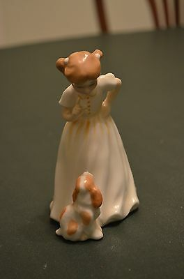 """Royal Doulton Figurine - Girl with Dog - """"Sit"""" HN 3123"""