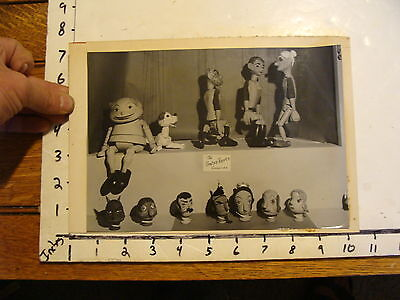 Vintage MARIONETTE PHOTO, Stages: the UNENA PUPPETS & HEADS Czechoslovakia