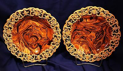 Pair of English Mid-Victorian Staffordshire Agateware Plates c. 1855