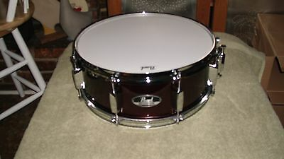 Pearl Roadshow 14 Inch Snare Drum   Wine Red