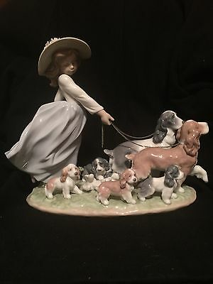 Lladro  6784 Puppy Parade Figurine Mint In Box Privilege Girl Walking Dogs