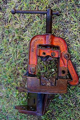 Vintage pipe Vice collectable rare