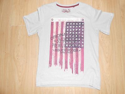 Tu Little Boys T-Shirt Size 10 Years Good Condition