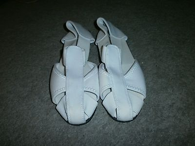 Ladies sandals size 6 soft stretch comfort sandals in white