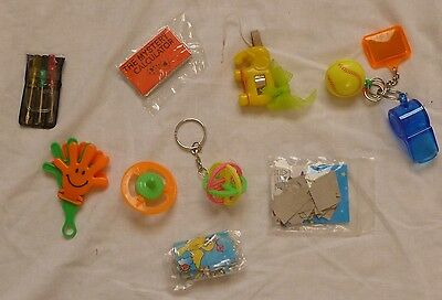 Novelty items : Puzzle, Jigsaws, Keyrings, Whistle : Christmas Stocking fillers