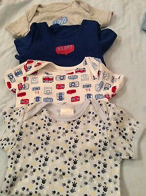 Boys bundle 4 bodies size 9/12 months