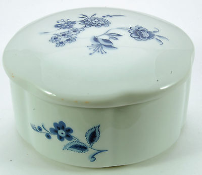 White Porcelain Trinket Dish with Cover