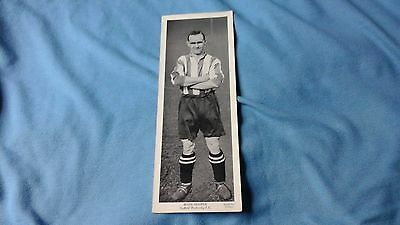 SHEFFIELD WEDNESDAY = MARK HOOPER   - TOPICAL TIMES   CARD  1930s   = FREEPOST