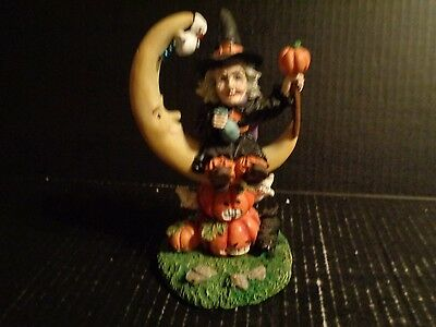 "Halloween Figurine  ( Halloween Witch ) New In Box 61/2"" Tall"