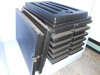 Lot of 19 Cambro Black Versa Food/Well Covers
