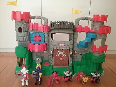 Fisher Price Imaginext Castle Playset 6 Knight Figurines 40 cm High Mattel 2005