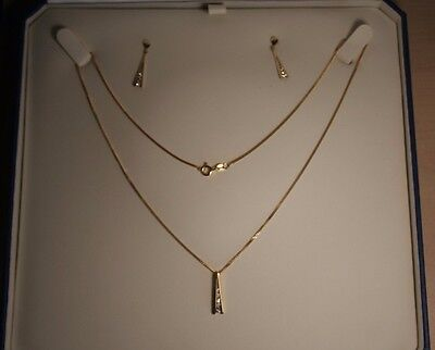 18ct Gold Necklace Matching Diamond Set Pendant And Earring Set