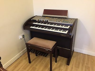 Orla Gt 8000 Organ // Excellent Condition