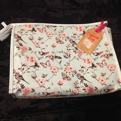 Large Floral Womens Wash/toiletry/makeup Bag BNWT