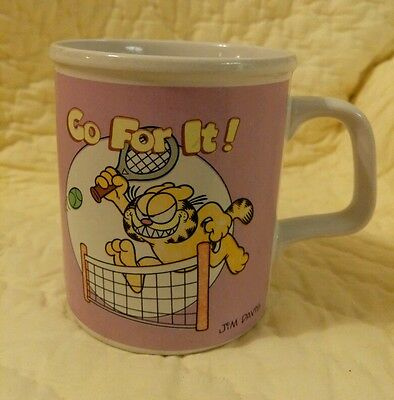 Vintage 1978 Garfield the Cat Enesco coffee cup mug collectible Tennis player