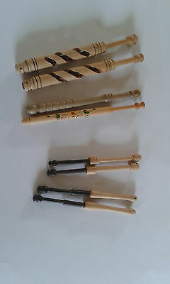 4 pairs of wooden lace bobbins