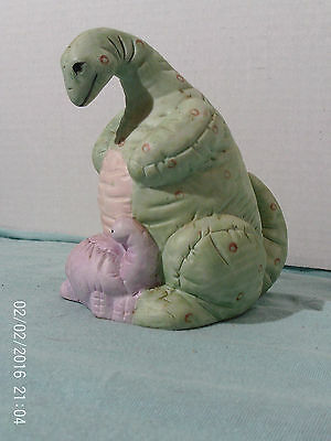 Ceramic Dinosaur Bank w Stopper Cute Mother & Baby w Quilted-Looking Skin NOS