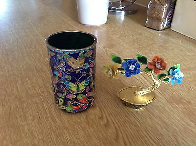 Small Closionne Cup And Small Flower Orniment