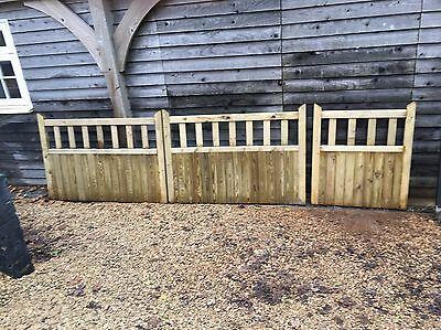 "Pair of 5ft Gates & 3'6"" Gate, Driveway, Entrance"