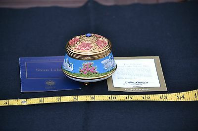 VINTAGE FABERGE MUSIC BOX SWAN LAKE Franklin Mint + Certs of Authenticity 1991