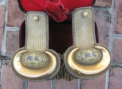 Medical Service Gold Epaulets: Pair, Captain, Boxed