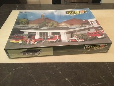 Faller Military 144040 HO scale - Fire station garage