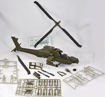 AH-64 A APACHE Attack Helicopter Kangnam - Nr. 3501 - 1:35