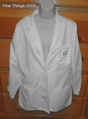 Size 14 White Long Sleeve Lab Coat 2 Button Front Great Condition By Versailles