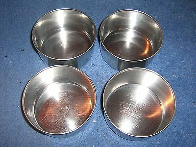 4 x Stainless steel dishes / bowls 12cm diameter.