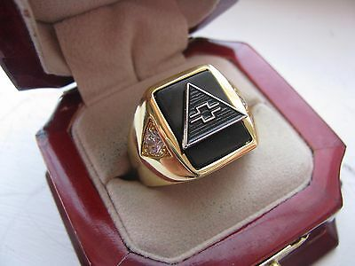 """Superb NEW Mens """"Chevy"""" CREST Gold Ring"""