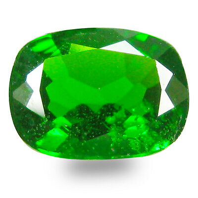 1.17 ct AAA+ Super-Excellent Cushion Shape (8 x 6 mm) Green Chrome Diopside