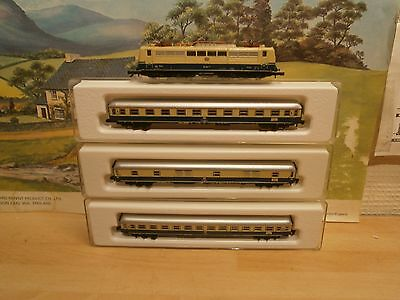 "Marklin Z Gauge 8858 Class 151 104-7 ""deutsche Bahn"" Locomotive & 3 Coaches"