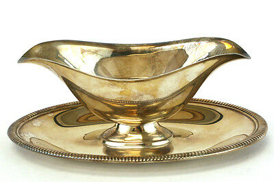 Vintage WM Rogers 4213 Silver Plate Gravy Boat And Tray