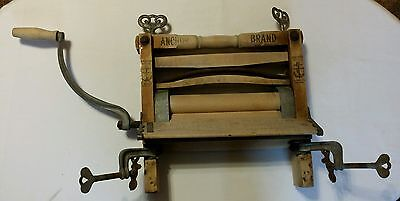 Antique Wood ANCHOR BRAND CLOTHES WRINGER Ball Bearings