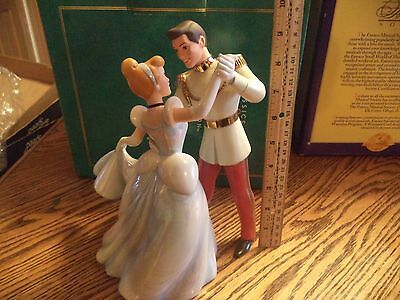 "Disney WDCC ""So This Is Love"" CINDERELLA & PRINCE CHARMING Figurine MIB w/COA"