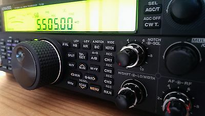 KENWOOD TS-590S Transceiver - Mint condition with original box + Manuals + 5Mhz