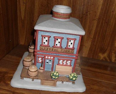 Partylite Christmas General Store Tea Light Holder House P0303 Christmas Village