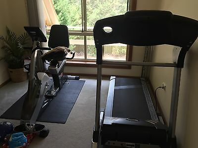Elite Fitness Treadmill T-2780... Excellent Condition! ... Barely Used!