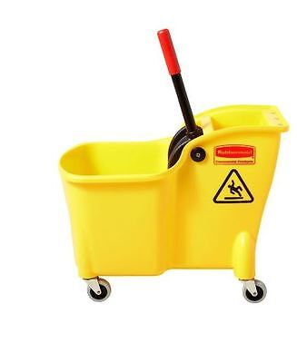 Rubbermaid Tandem 31-Quart Commercial Janitorial Mop Wringer Bucket with Wheels