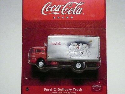 """Athearn """"N"""" Coca-Cola Ford 'C' Delivery Box Truck 1:160 (2 PHOTOS)-FAST SHIP!"""