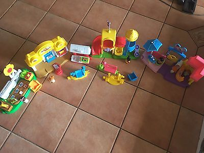 little people fisher price- 4 Sets