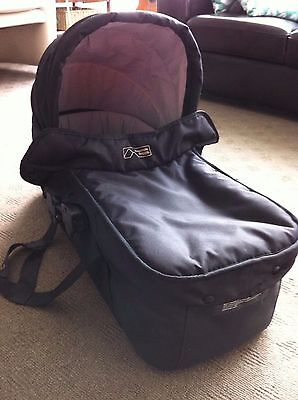 Mountain Buggy Swift Carrycot & raincover