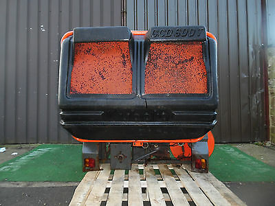 Kubota ride on mower GCD600T  Grass collector compact tractor, Damaged