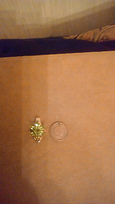 9K Gold Peridot Flower Pendant with Chain and gift box